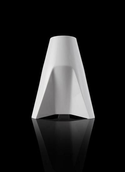 A Porcelain Vase 06